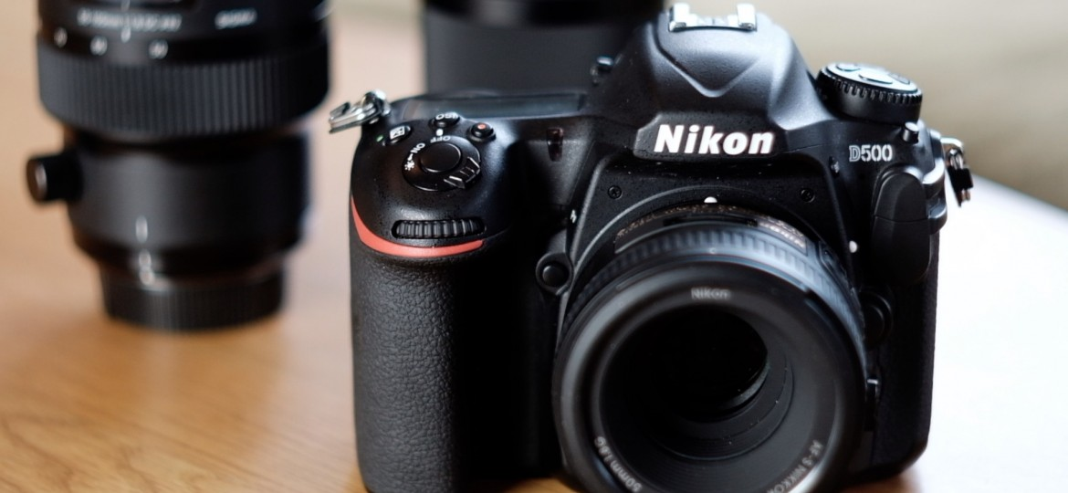 Mirrorless vs DSLR – 5 Reasons to Buy a Nikon D500