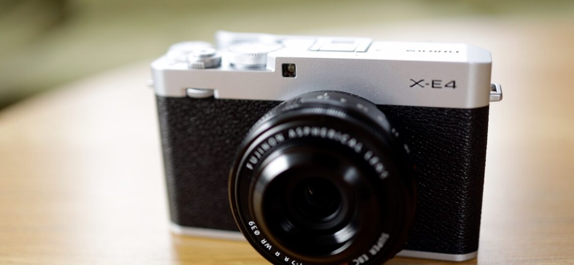 The Fujifilm X-E4 – A mini X-Pro3 and X100v killer